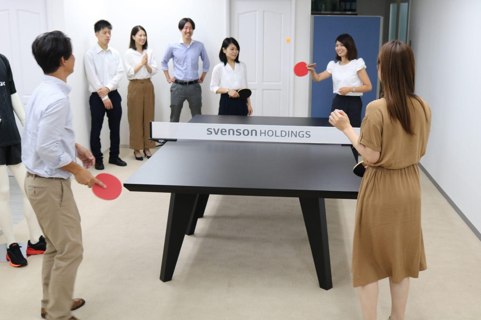 「卓球台をどこに置く?どう使う?」オフィス卓球の仕掛け人に聞いてみた 【特集 オフィスピンポン#2 SVENSON】