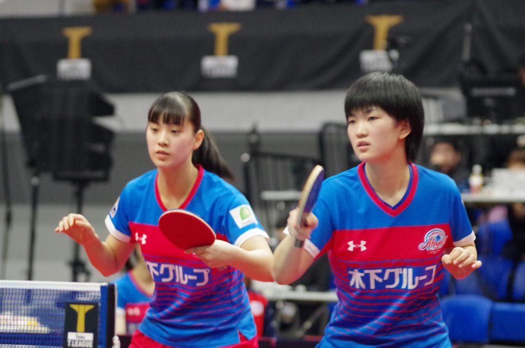 長崎美柚(左)と木原美悠