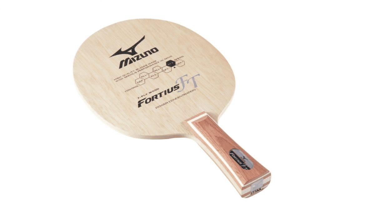 """フォルティウスFTは""""つかむ""""感覚を追求した攻撃力と繊細さを両立した卓球ラケットだ"""