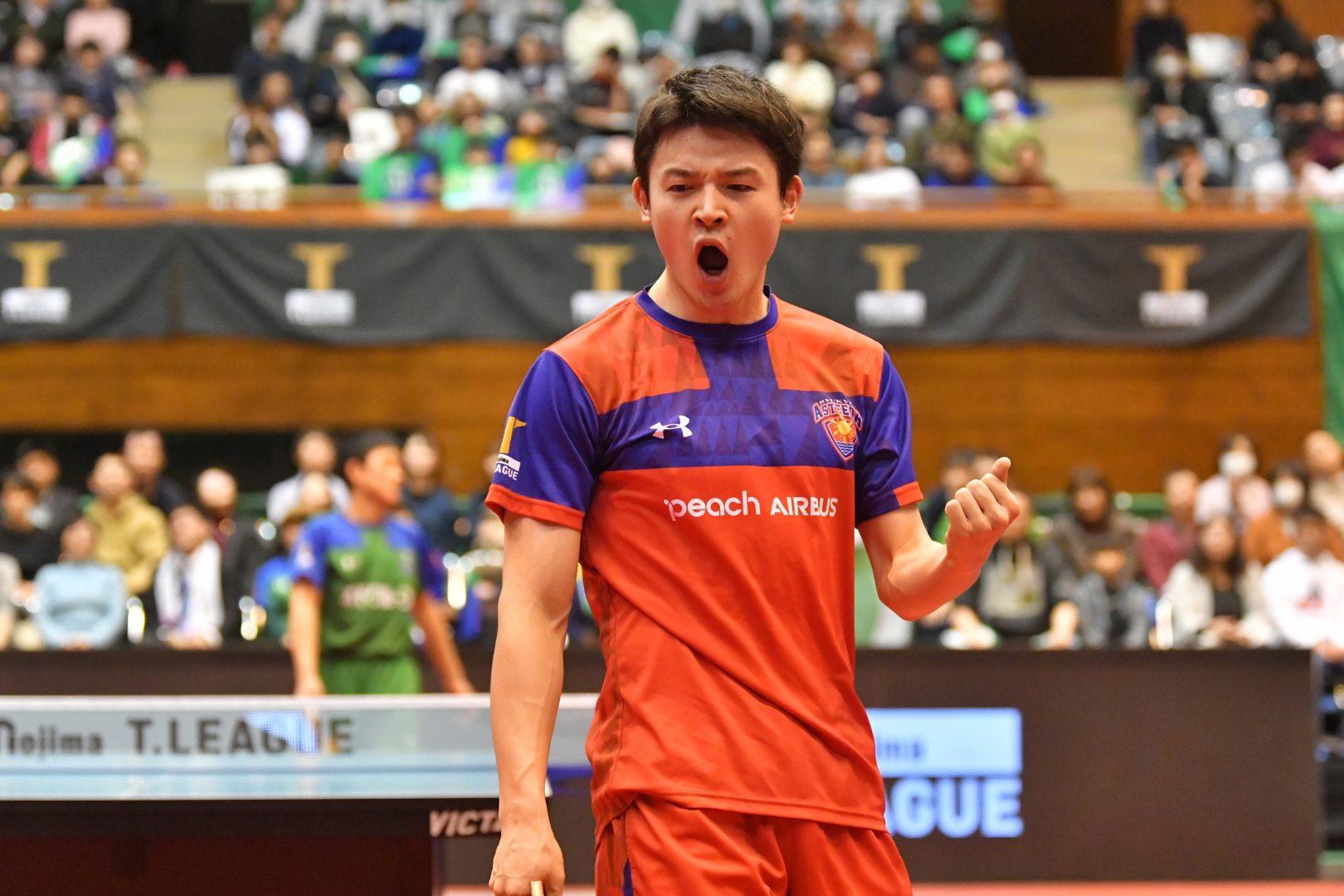 【卓球・Tリーグ】覚醒した有延が張本を圧倒! 琉球が首位KM東京に初のストレート勝ち