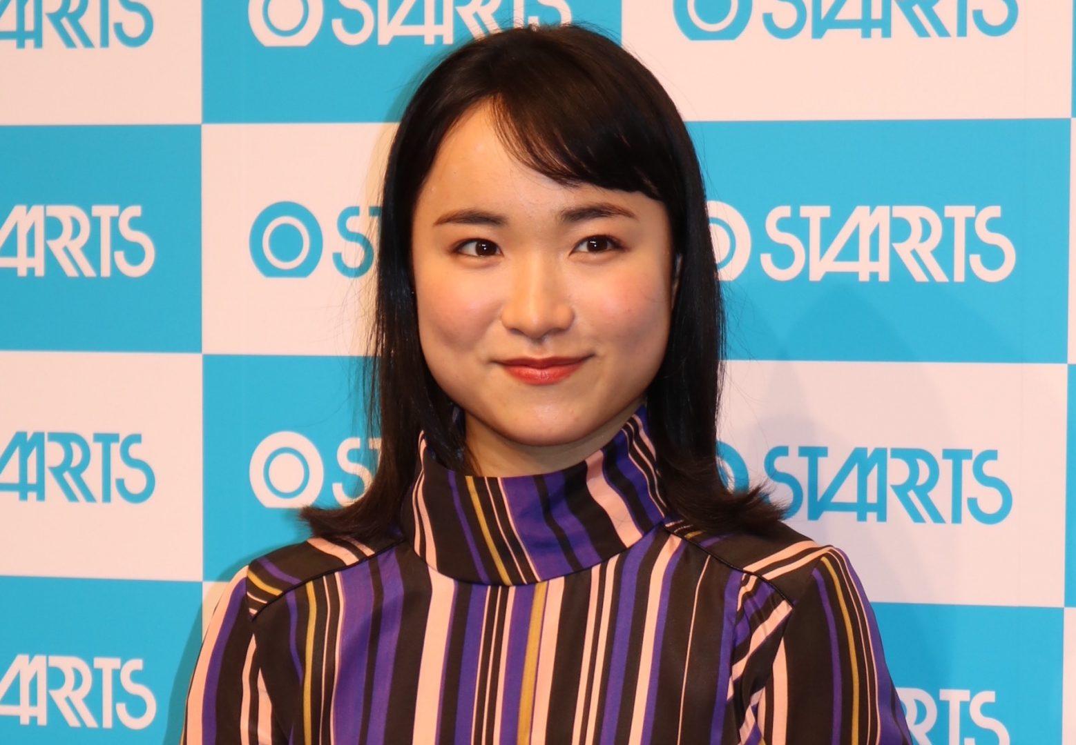 伊藤美誠、祝勝会で大人の衣装披露「スタイル良く見える」