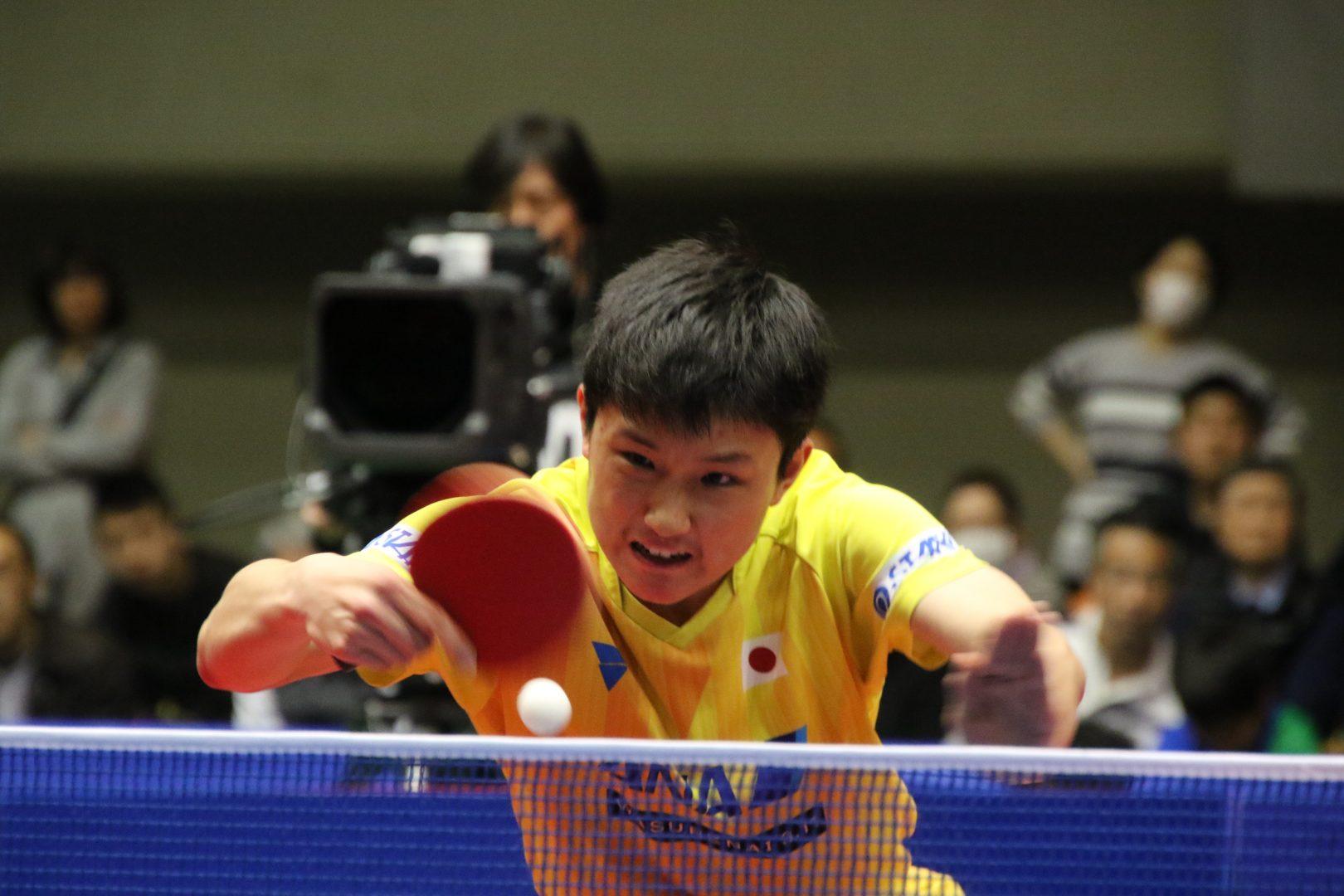【卓球】丹羽・張本は3-4位決定戦で直接対決へ<アジアカップ男子>