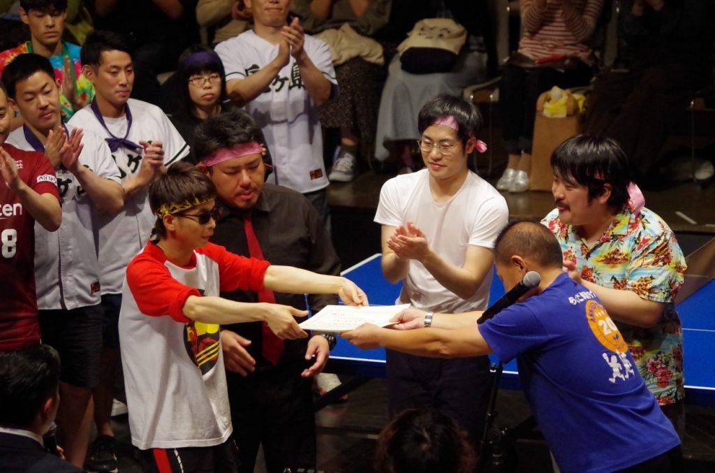 写真:(左から)バイク川崎バイク、鬼越トマホーク 金ちゃん、やさしいず 佐伯、空気階段 もぐら/撮影:寺西ジャジューカ