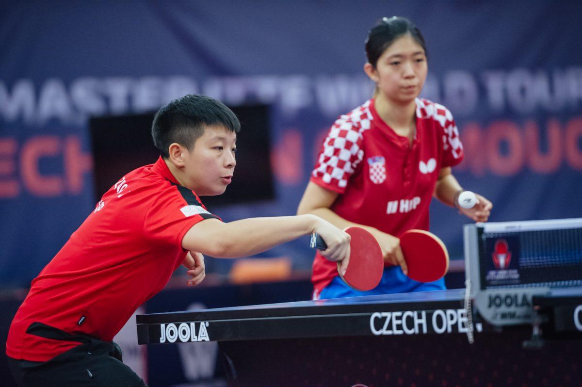 2018年チェコオープンの曾尖(左)・SUN Jiayi(右)