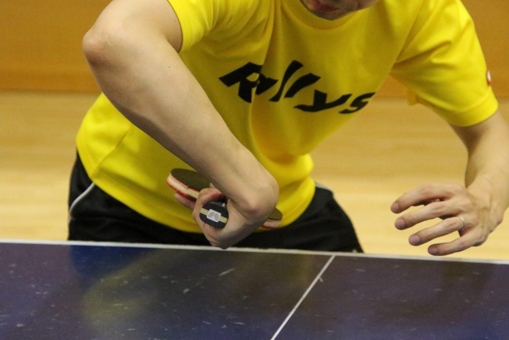 【初心者必見】チキータのやり方とコツ|卓球基本技術レッスン