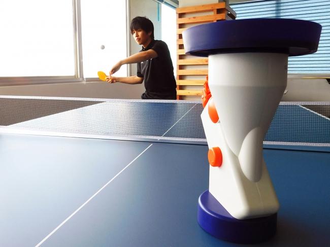 写真:本格卓球爆裂スマッシュ/提供:株式会社タカラトミーアーツ