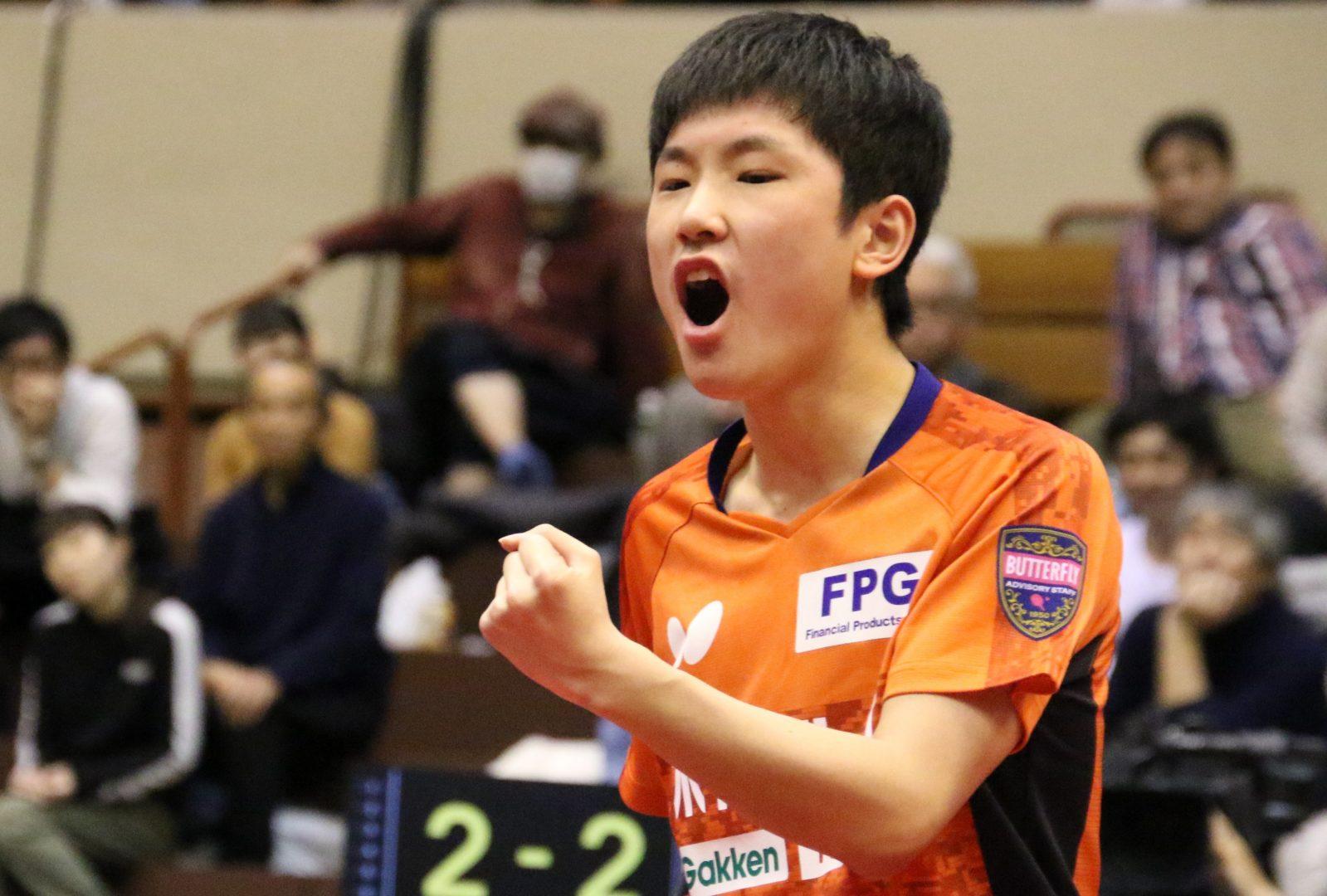 張本智和、地元で嬉しい2連覇 「仙台の皆さんの前で勝ちたかった」<ジャパントップ12>
