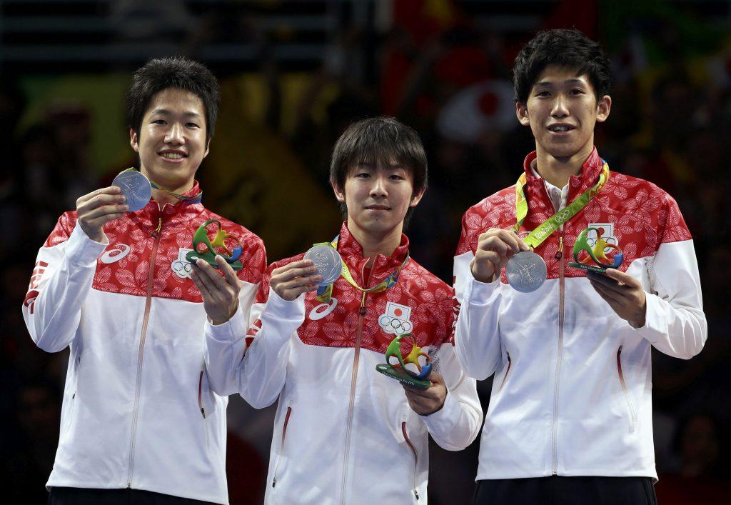 リオ五輪団体銀メダルを獲得した水谷隼、丹羽孝希、吉村真晴