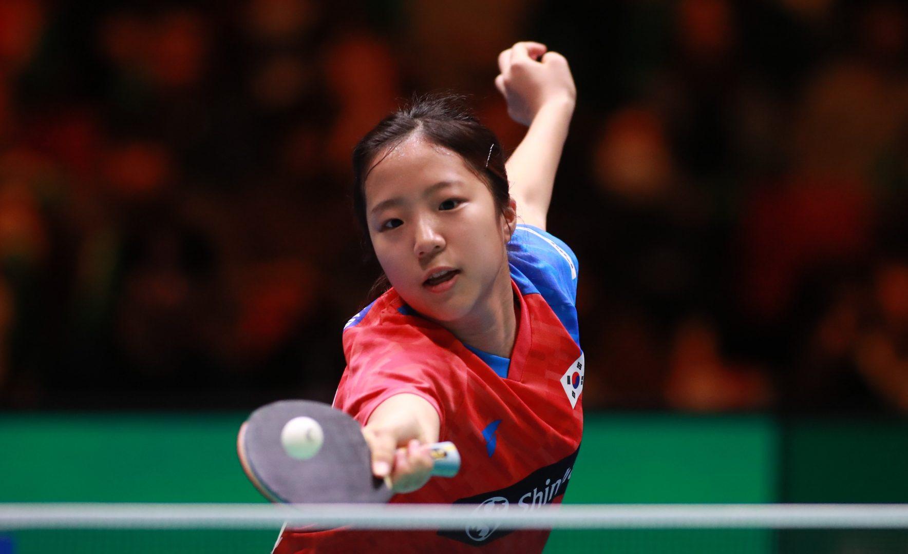 韓国の天才卓球少女・申裕斌、笑顔で中学卒業 水谷/伊藤ペア下した逸材