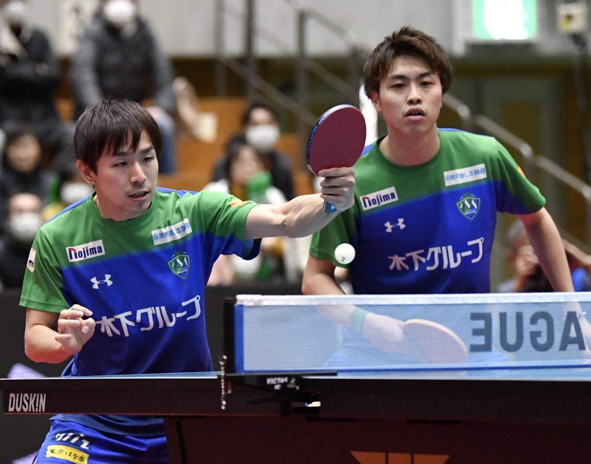 丹羽孝希(左)、田添健汰