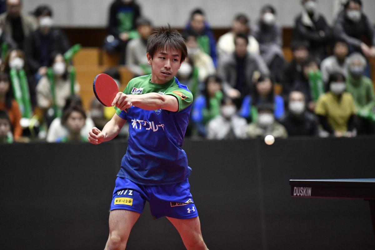 KM東京レギュラーシーズン1位確定 水谷、丹羽が勝利導く<卓球・Tリーグ結果速報>