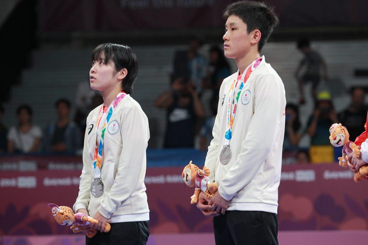 写真:ユースオリンピック2018の張本智和(写真右)と平野美宇/提供:ittfworld