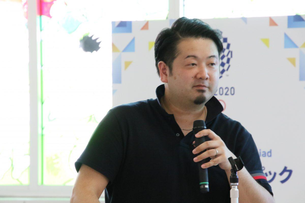 写真:T.T彩たまの坂本竜介監督/撮影:ラリーズ編集部