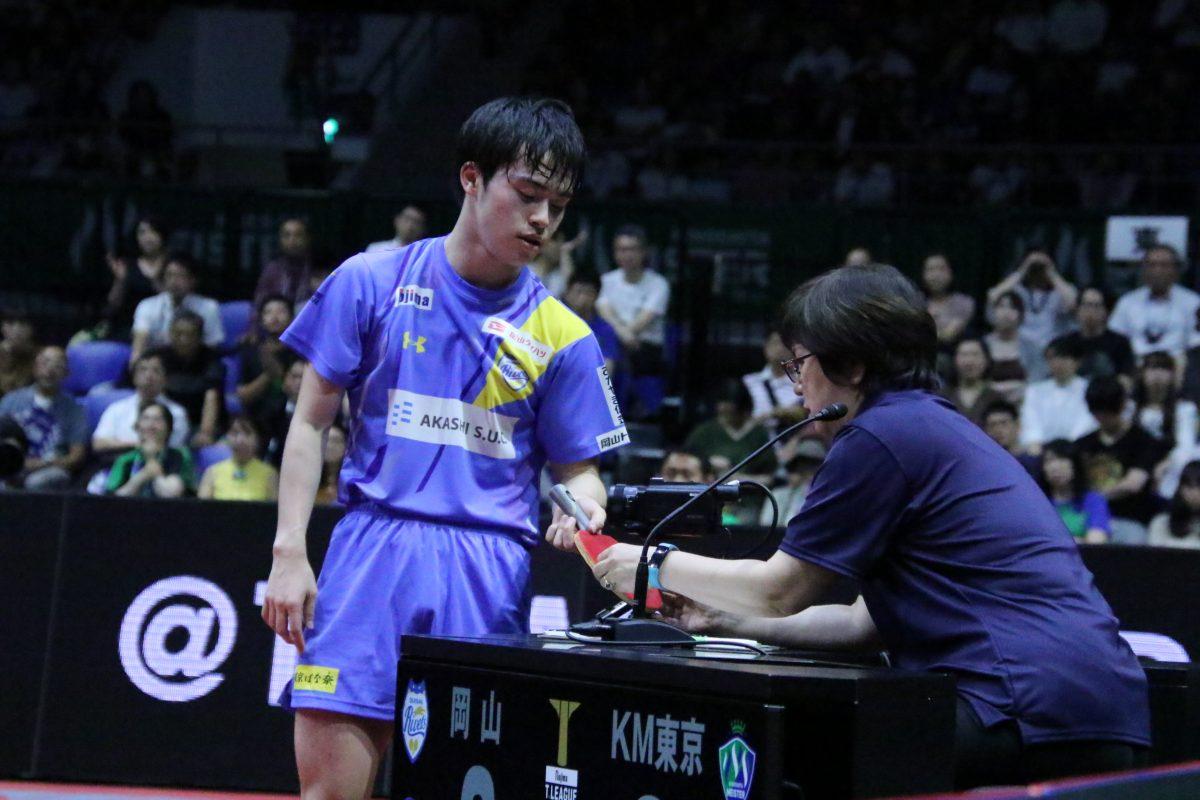 写真:Tリーグで主審を務める大前ケイ子さん/撮影:ラリーズ編集部
