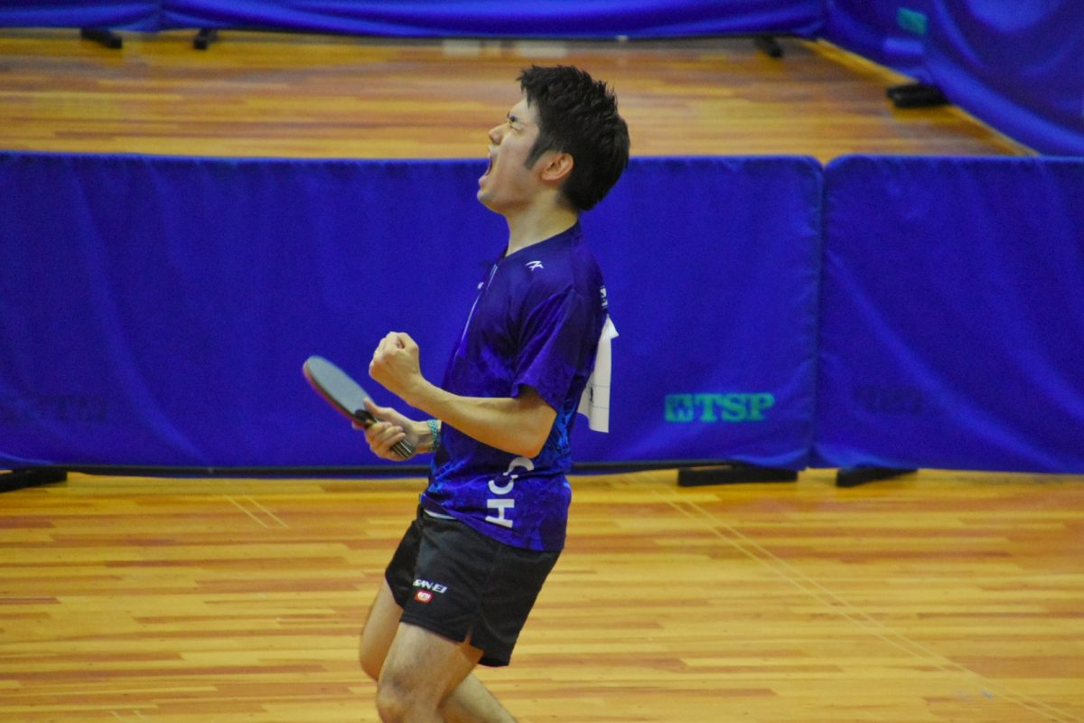 山本勝也氏