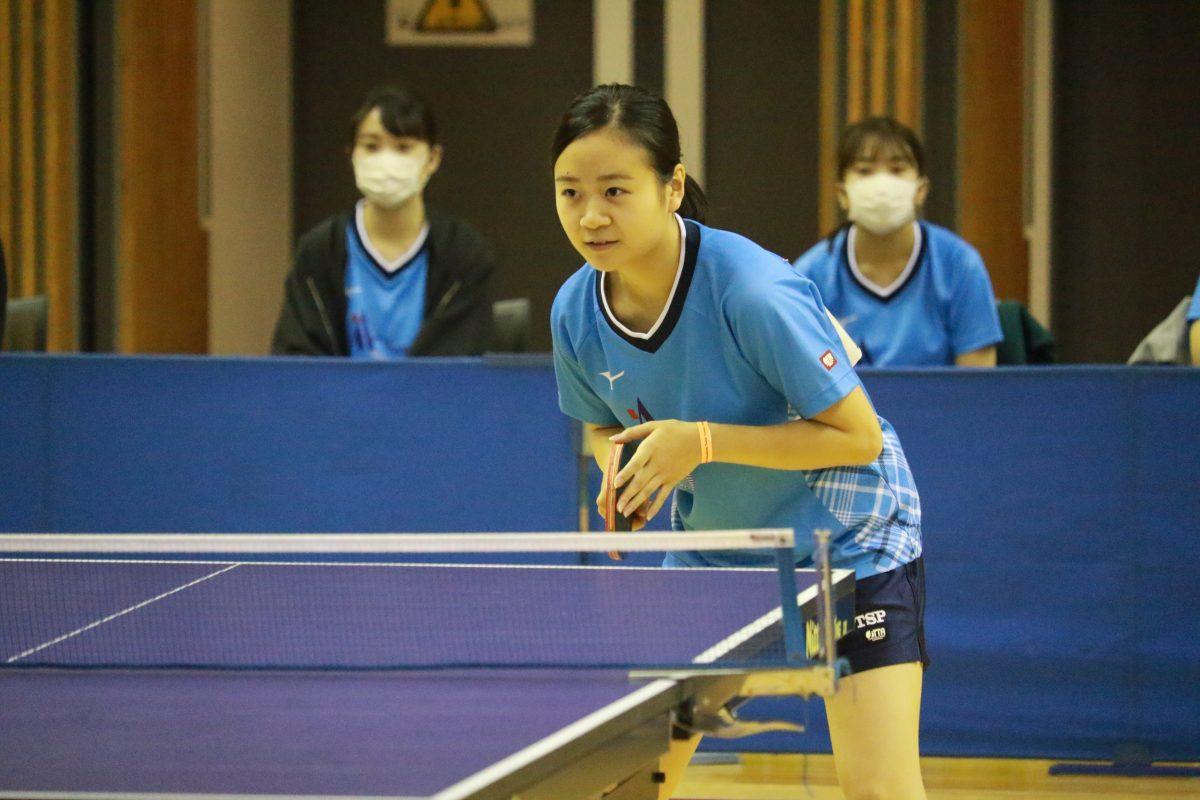 写真:女子敢闘賞受賞した横井七海(愛知淑徳大学)/提供:東海学生卓球連盟