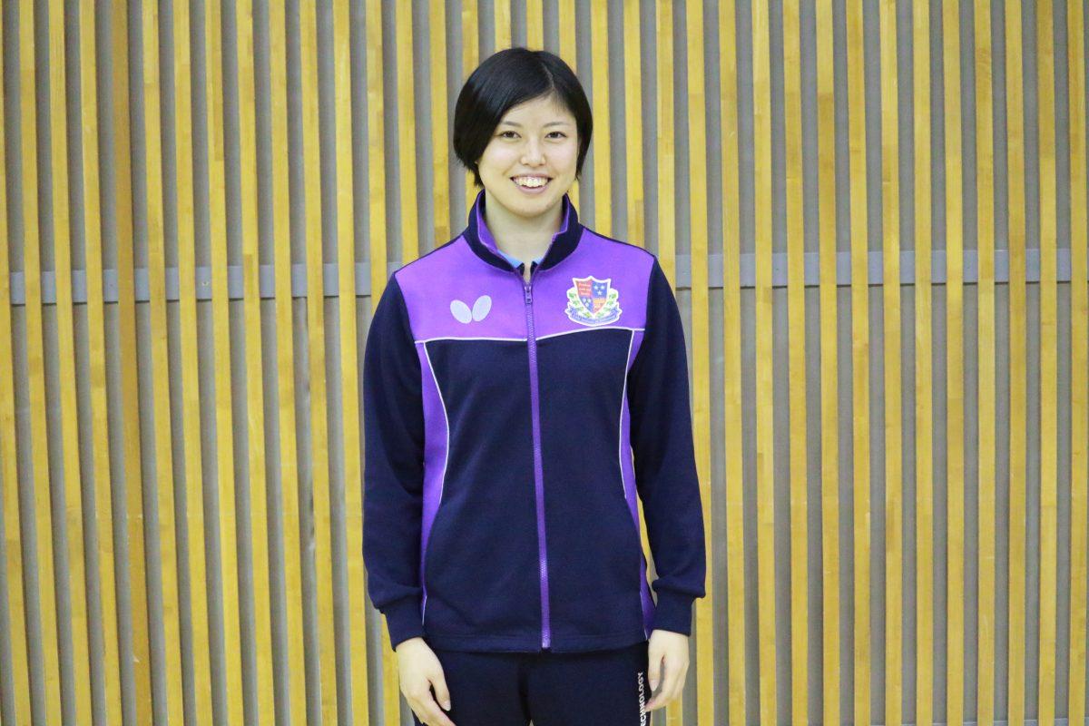 写真:女子最優秀選手賞を受賞した松本静香(愛知工業大学)/提供:東海学生卓球連盟