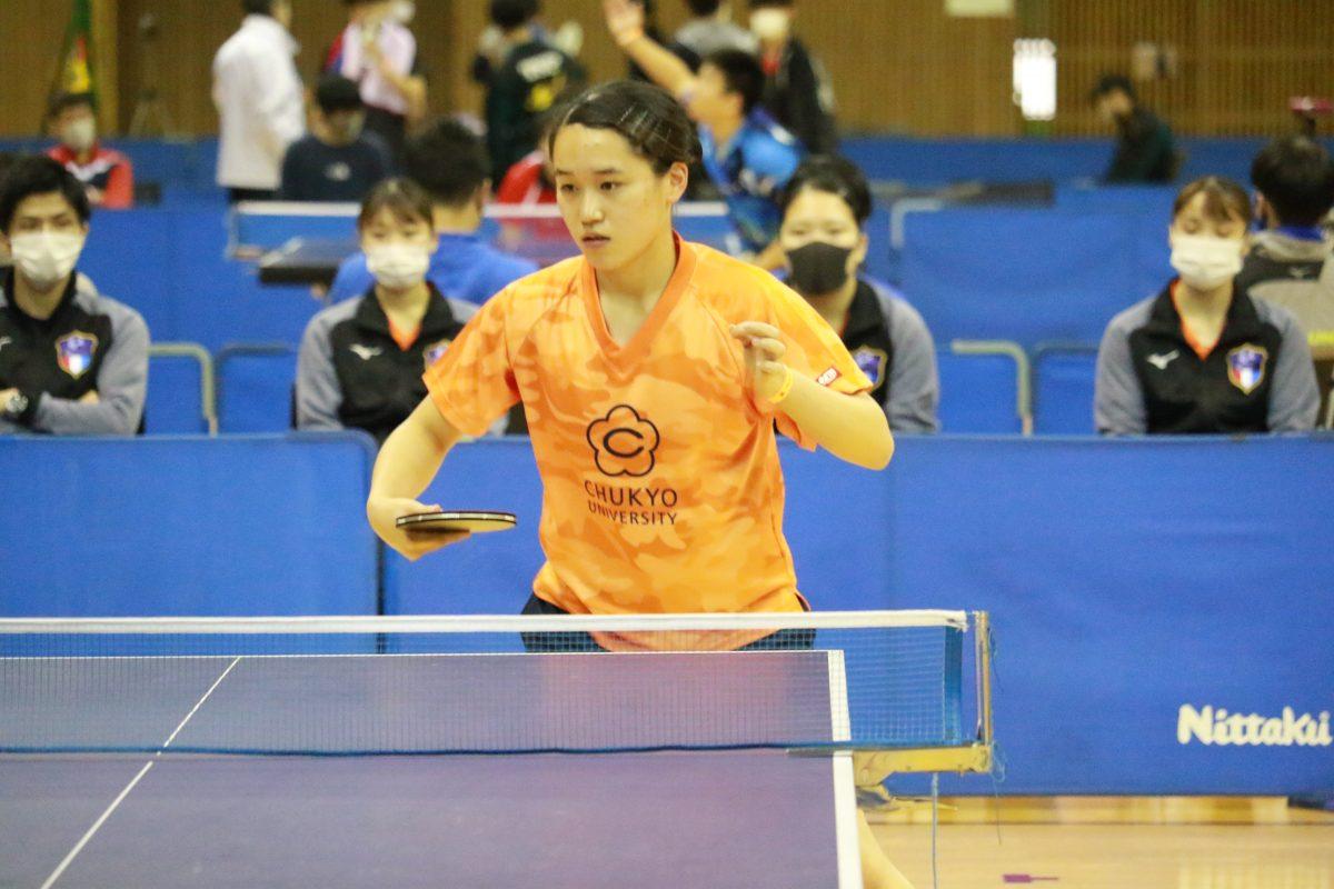 写真:女子殊勲賞・新人賞を受賞した石田瑳歩(中京大学)/提供:東海学生卓球連盟