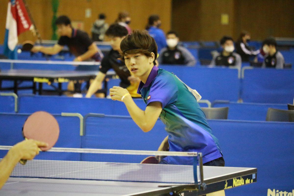 写真:男子敢闘賞を受賞した市川歩夢(日本福祉大学)/提供:東海学生卓球連盟