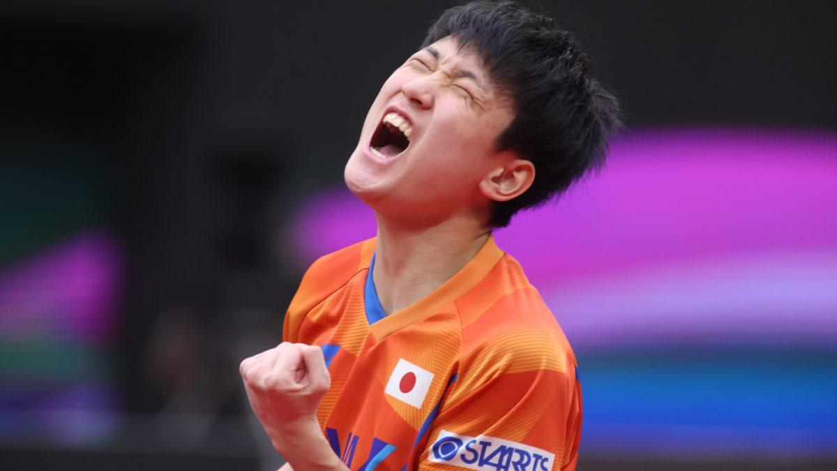 張本智和、3位入賞 丹羽を下した韓国選手に勝利<卓球・男子W杯>