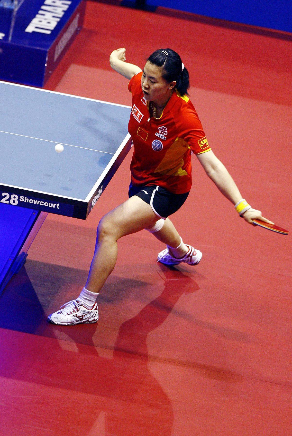 写真:2007年世界卓球での王楠(ワンナン・中国)/提供:アフロ