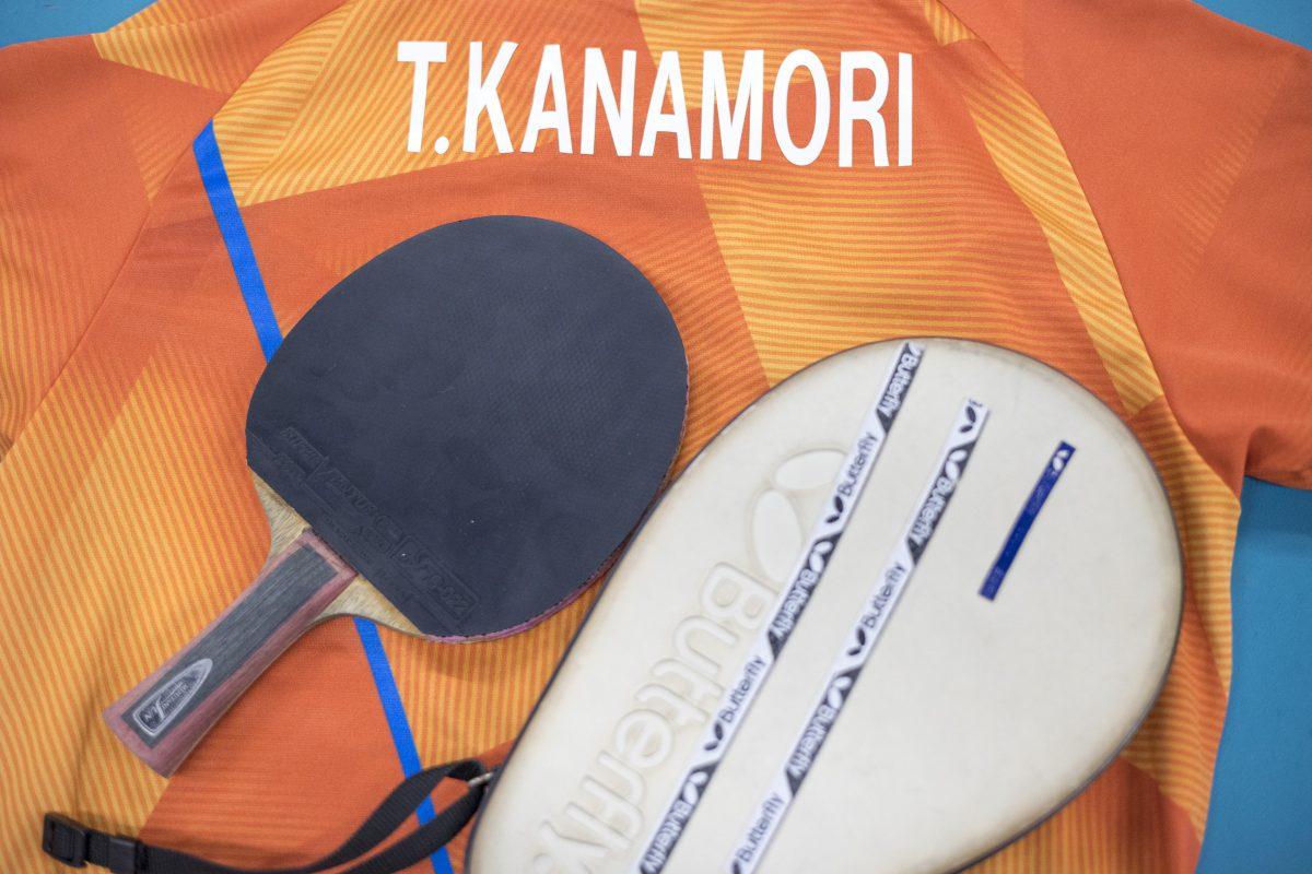 写真:金森翼(関西卓球アカデミー)の卓球ギア/撮影:槌谷昭人