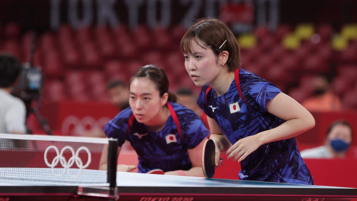 写真:石川佳純(全農)/平野美宇(日本生命)/提供:ITTF