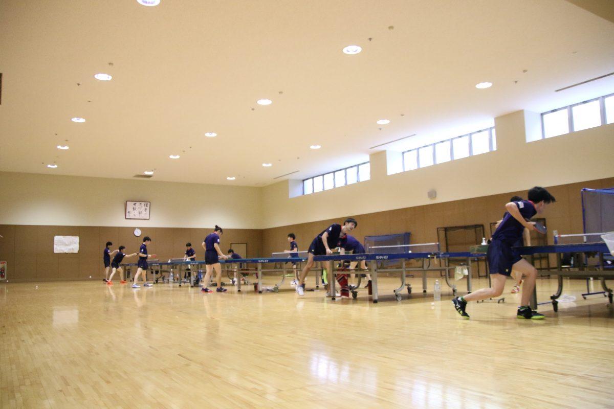 写真:慶應義塾大学の練習風景/撮影:ラリーズ編集部