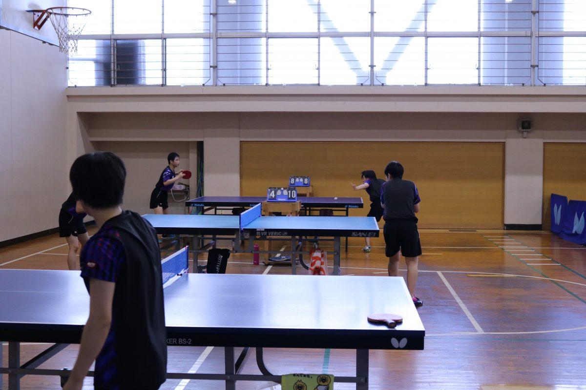 写真:就実高校卓球部の練習風景/撮影:ラリーズ編集部