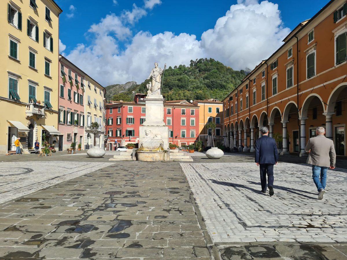 イタリア、カラーラの街並み