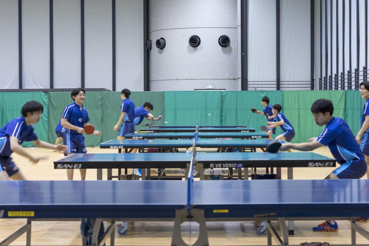 写真:中央大学卓球部の練習風景/撮影:槌谷昭人